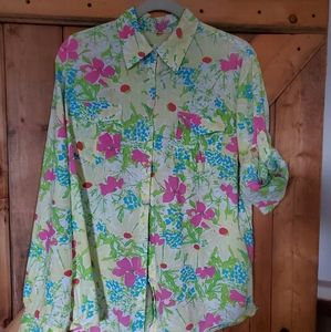 Lilly Pulitzer ladies floral blouse